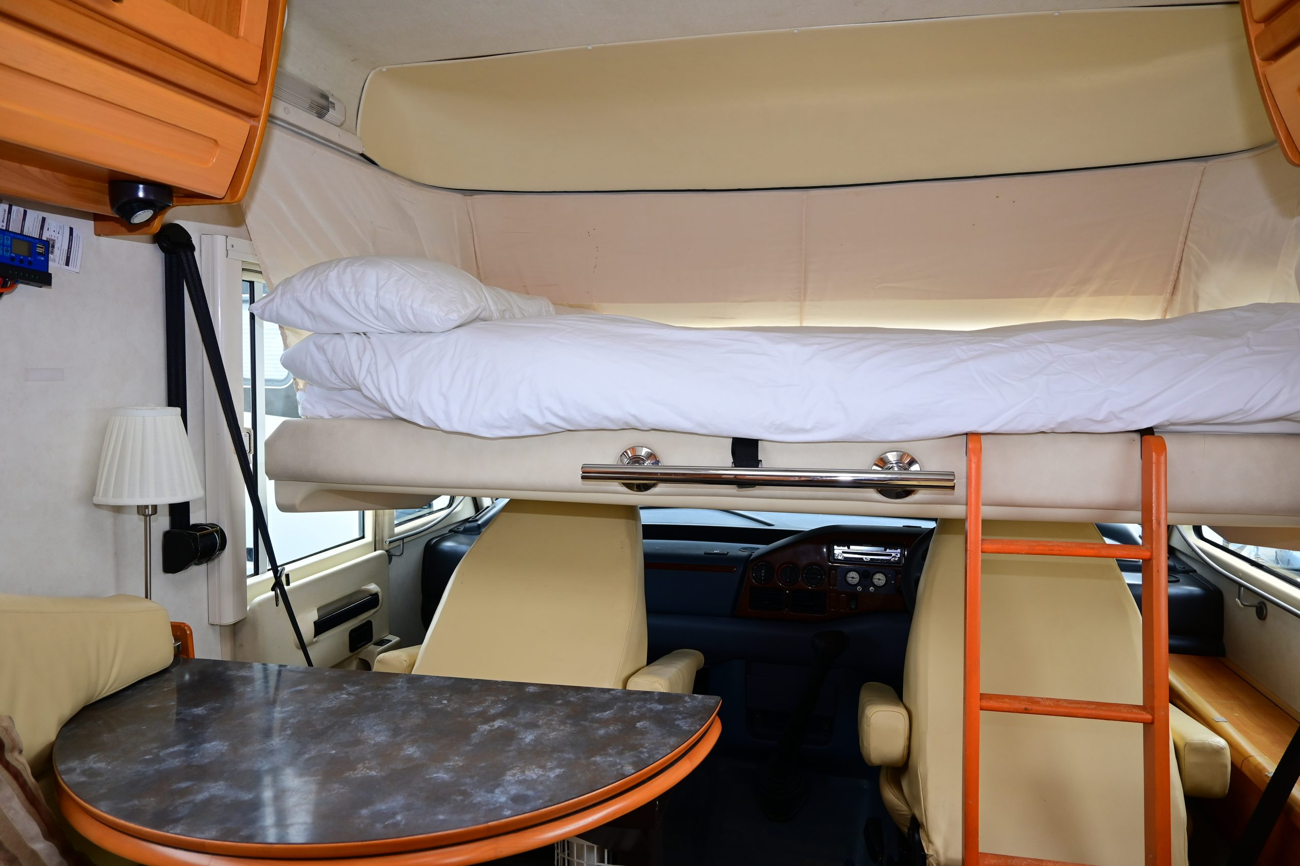Hymer bed